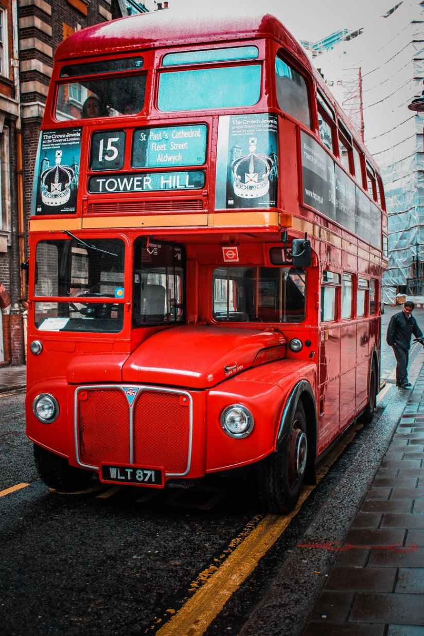 red tower hill bus