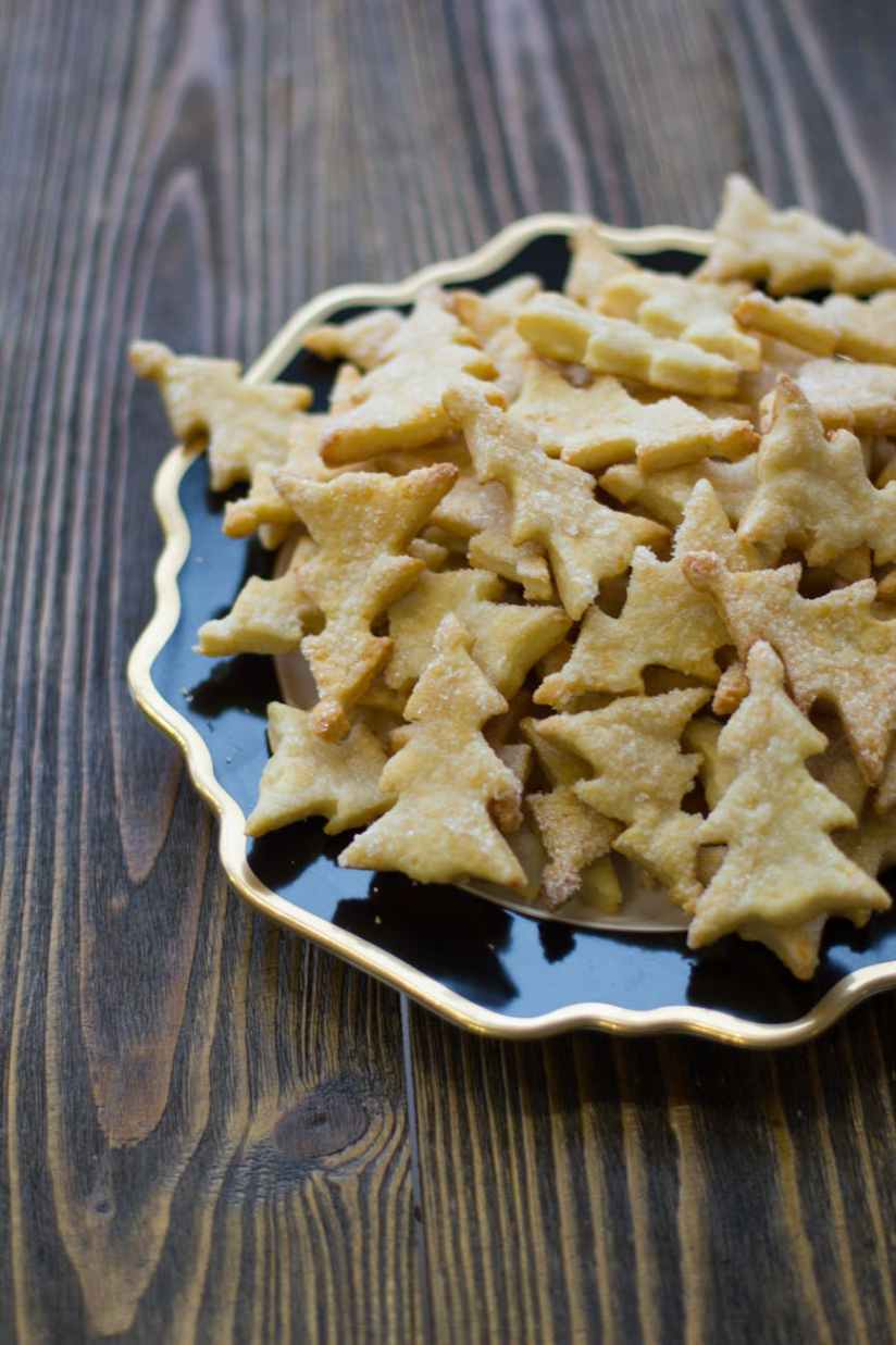 christmas tree shaped biscuits on plate