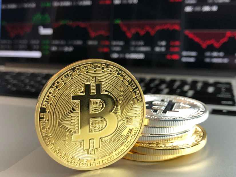 gold and silver bitcoins